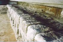 駅舎基礎石